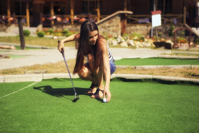 Летний отдых в Карпатах - игра в гольф