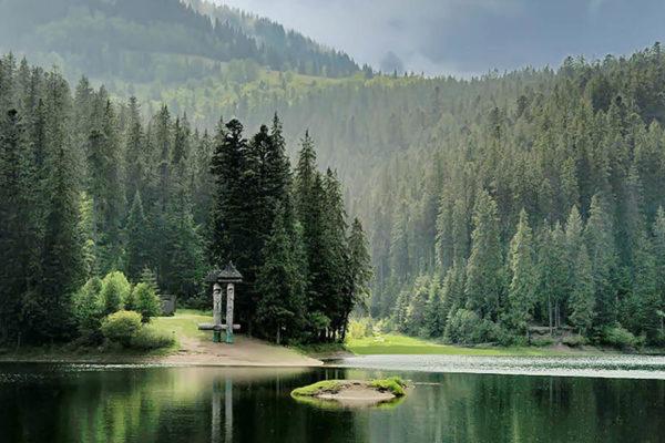 """Экскурсия на озеро Синевир ~ (фото 2) ~ Курорт """"Воеводино"""", Карпаты, Закарпатье, (voevodyno.com)"""