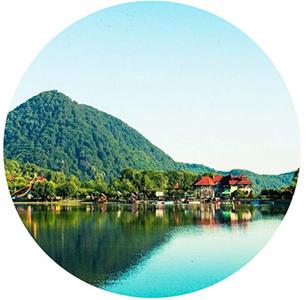 Шаянское Озеро в селе Шаян